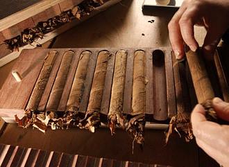 Как крутят сигары в домашних условиях